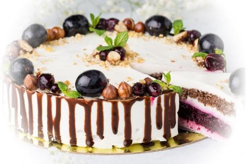 Торт Орехово-сливовый