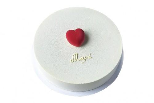 Торт Сердце на снегу